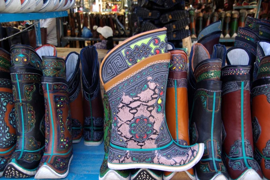 Mongolian_boots_U.Baatar