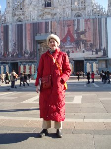 Sara Welch outside Duomo