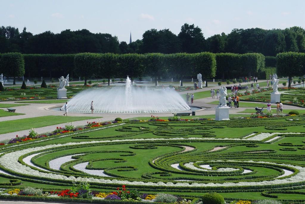 Herrenhauser gardens by Johannes D.