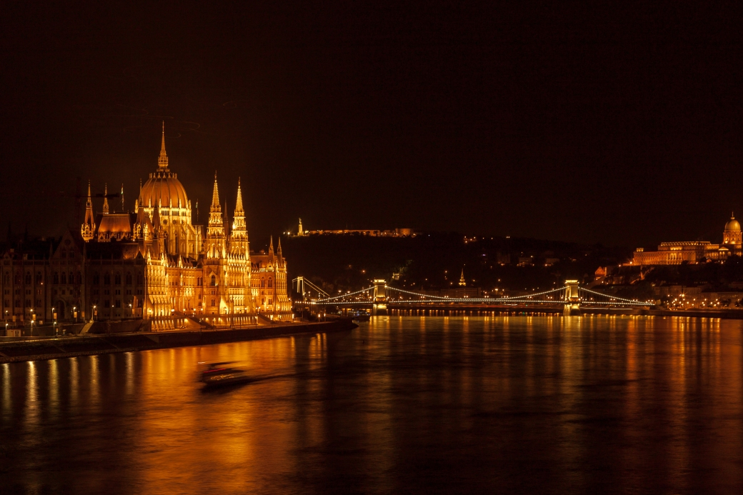 Budapest by night. Photo by SuperCar-RoadTripfr
